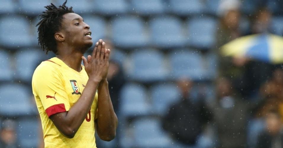 Moukandjo lamenta lance perdido por Camarões no amistoso com o Paraguai