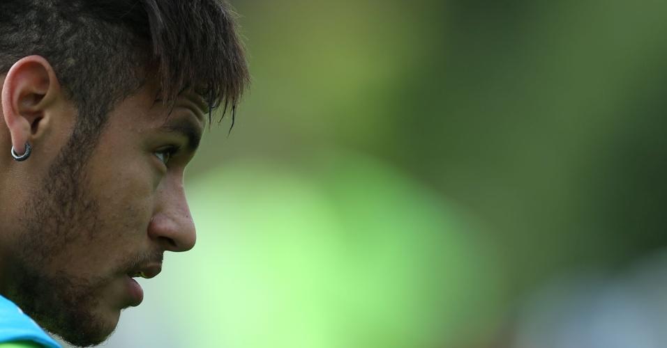 Neymar participa de treinamento desta quinta-feira, na Granja Comary
