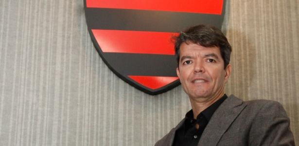 Ex-dirigente do Flamengo é o mais cotado no Grêmio para posto de executivo de futebol