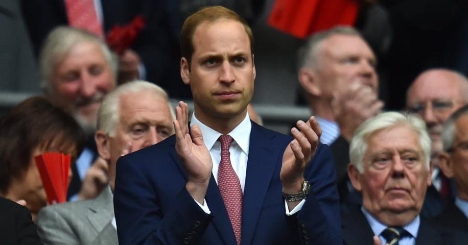 30.mai.2014 - Príncipe William acompanha o amistoso entre Inglaterra e Peru em Wembley