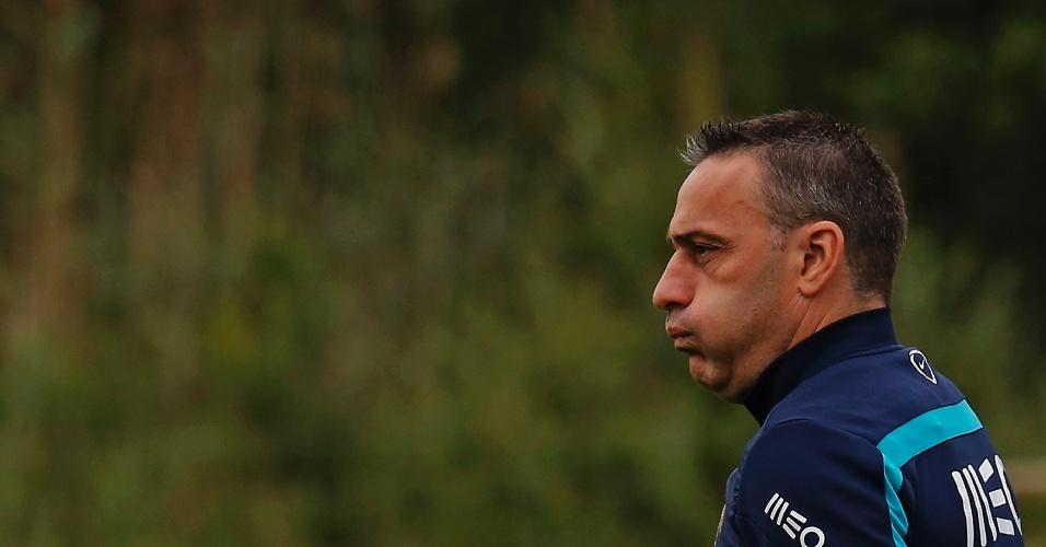 Técnico Paulo Bento comanda sessão de treinos da seleção portuguesa em Obidos