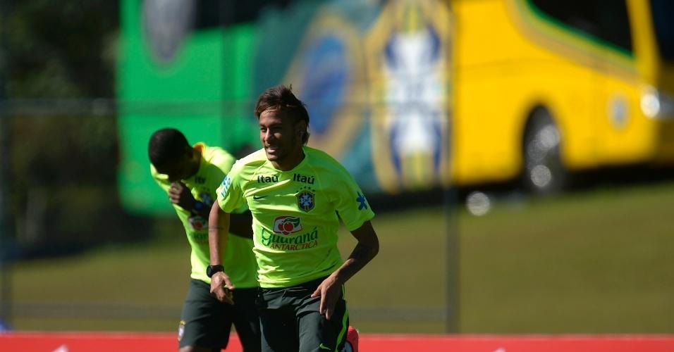 Neymar participa do treino neste sábado (31/05/2014)