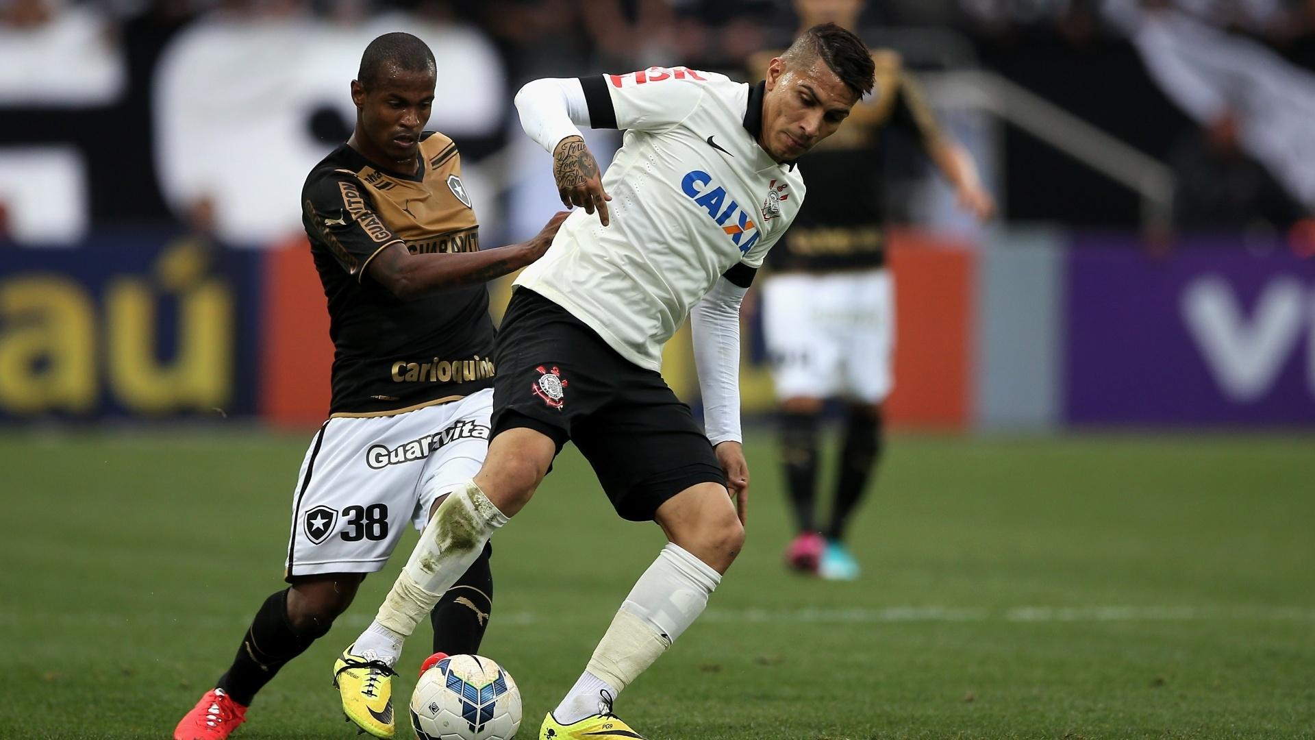 01. jun. 2014 - Guerrero tenta jogada para o Corinthians contra o Botafogo
