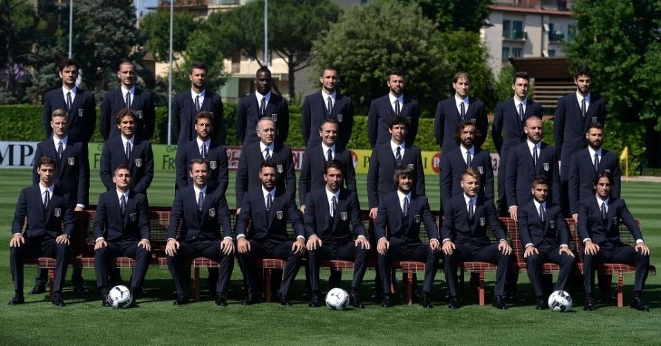 03.jun.2014 - Patrocinadora da seleção italiana, a grife Dolce&Gabbana garante a elegância dos jogadores na Copa do Mundo