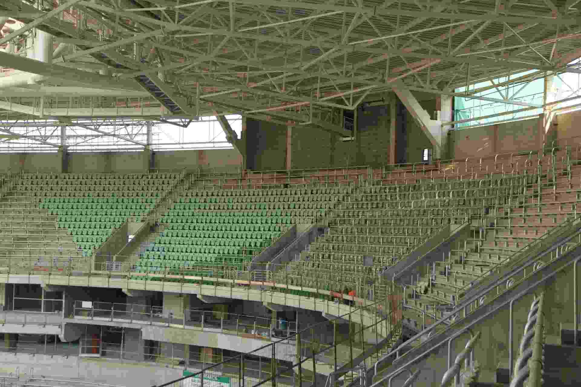 Cadeiras da Arena Palestra começam a ganhar segundo tom de verde nesta semana - Divulgação