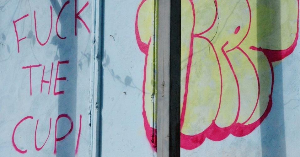 Os protestos também estão presentes nos muros do Pelourinho