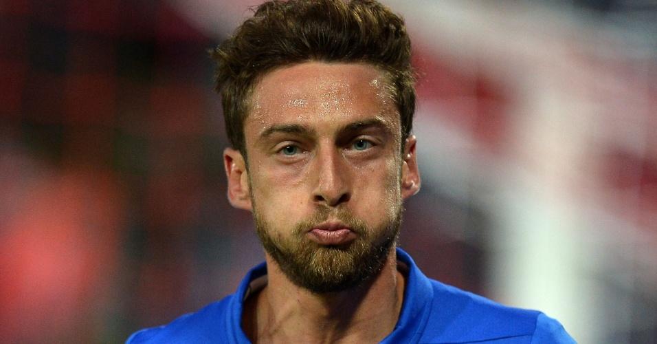 Meia Claudio Marchisio, da Itália, celebra gol marcado contra Luxemburgo em Perúgia