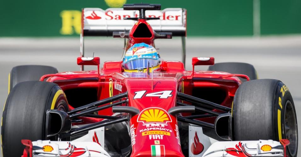 Espanhol Fernando Alonso fez grande treino e superou as Mercedes