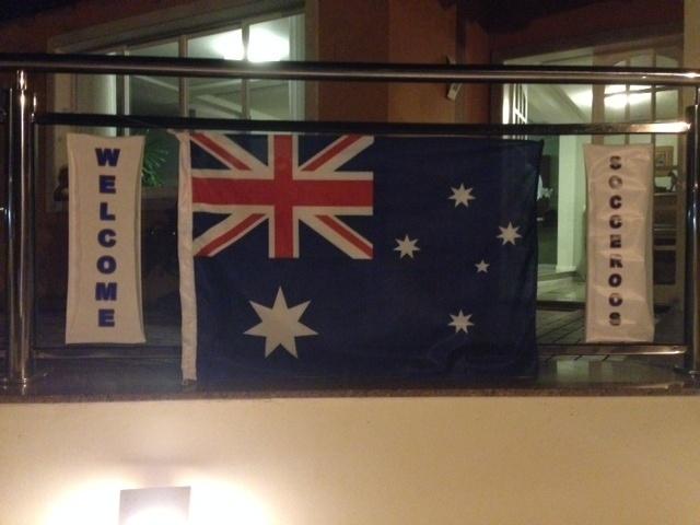 Bandeiras do Brasil ganharam a companhia da Austrália, que está hospedada em Vitória