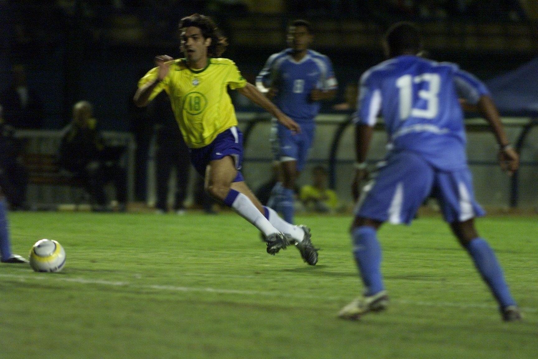 Fernandão chegou a atuar pela seleção brasileira em 2005, durante amistoso contra a Guatemala; Ex-jogador morreu em acidente de helicóptero na madrugada deste sábado