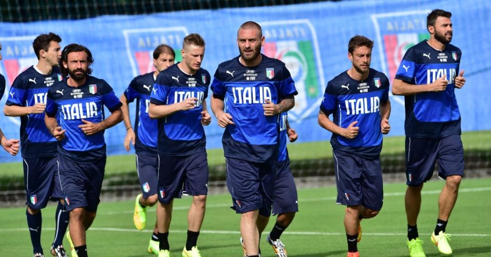 Seleção da Itália inicia sessão de treinamentos em resort de Mangaratiba, no Estado do Rio de Janeiro