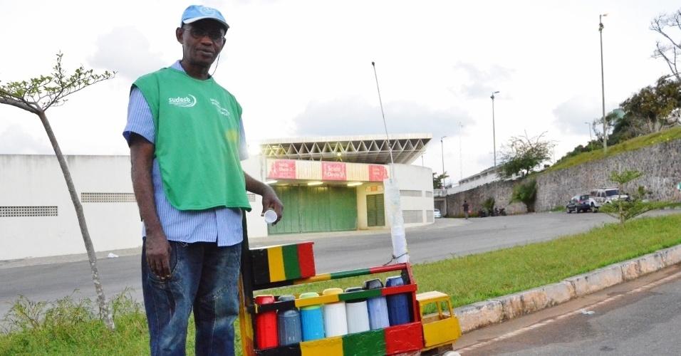 Vendedor de café irá comercializar pipocas durante a Copa do Mundo