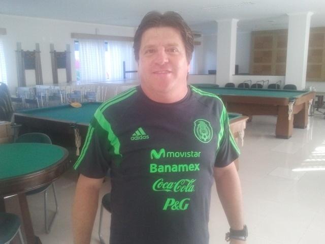 Técnico mexicano Miguel Herrera no Hotel Recanto dos Alvinegros, no CT Rei Pelé, em Santos-SP