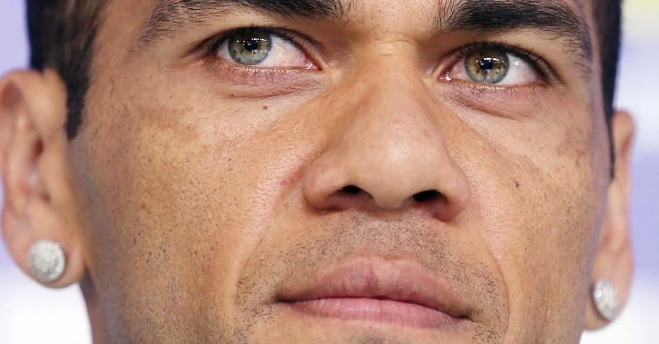 Daniel Alves dá coletiva de imprensa nesta segunda-feira
