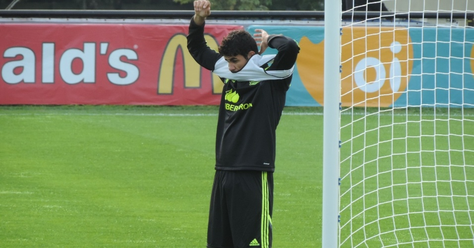 06. jun. 2014 - Seleção espanhola realizou treinamento no CT do Caju nesta segunda-feira