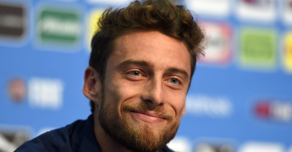 Marchisio concede entrevista coletiva em Mangaratiba-RJ, onde a seleção italiana se concentra para a Copa
