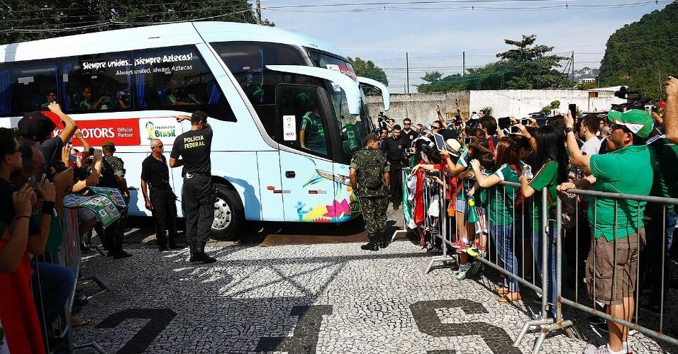 Seleção do México realiza somente treinos secretos no CT Rei Pelé, em Santos-SP