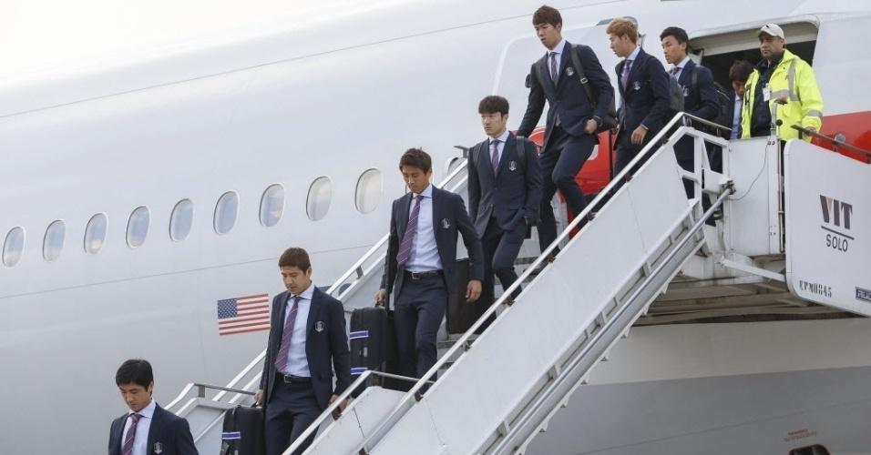 11.jun.2014 - Delegação da Coreia do Sul chega ao Brasil e desembarca no Aeroporto Internacional de Guarulhos, em São Paulo