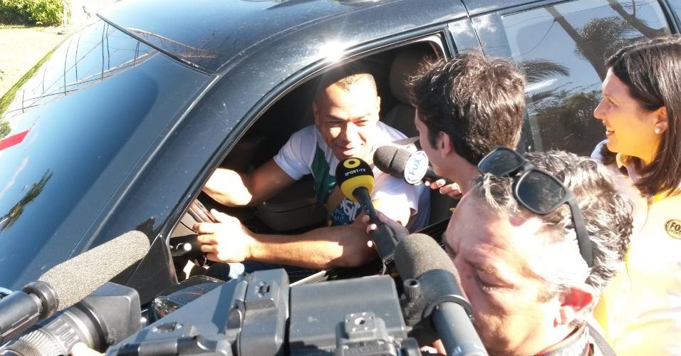 Cafu, lateral campeão do mundo em 2002, visitou o hotel que receberá a seleção portuguesa