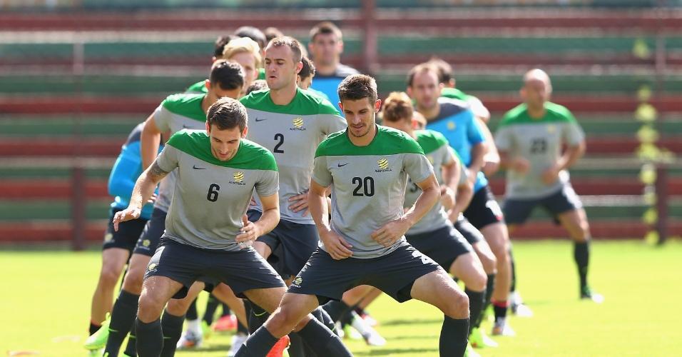 Jogadores da Austrália participam de treinamento em Vitória