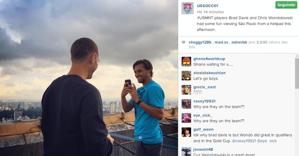 Jogadores dos EUA aproveitam folga para ir a heliponto e conhecer São Paulo pelas alturas