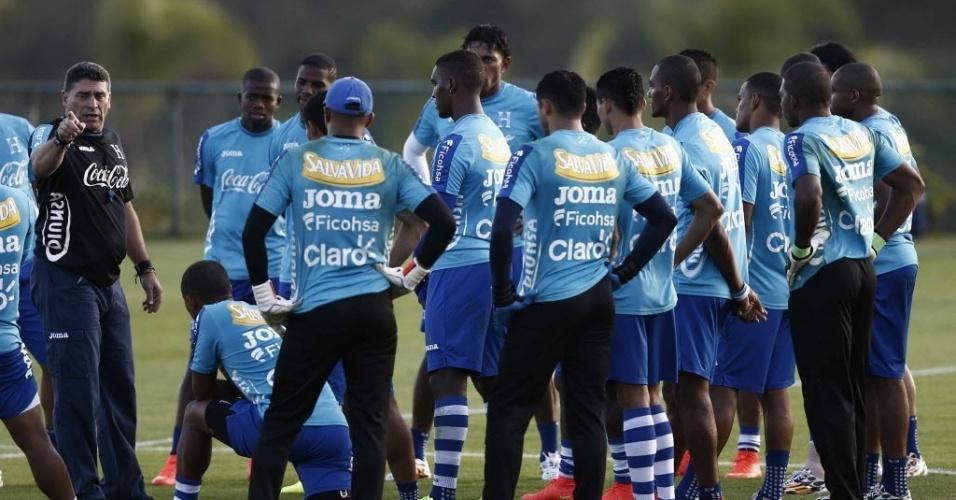 Seleção de Honduras faz o segundo treinamento do dia, em Porto Feliz, interior de São Paulo
