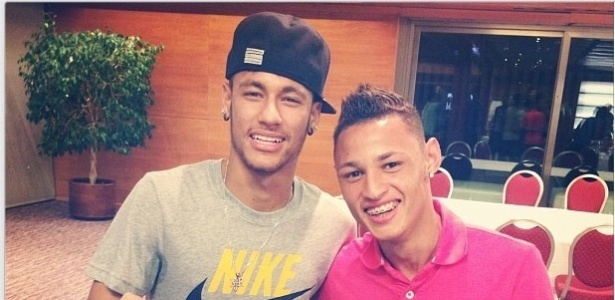 """Neilton já foi chamado de """"novo Neymar"""" logo que surgiu na base do Santos - Reprodução"""