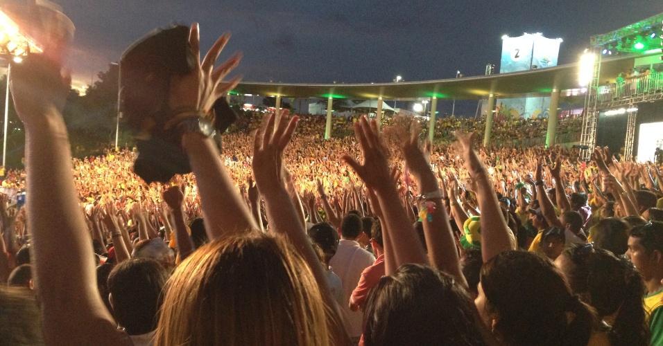 Fan Fest de Manaus foi um sucesso até depois do jogo da seleção e 35 mil pessoas viram show do sertanejo Israel Novaes