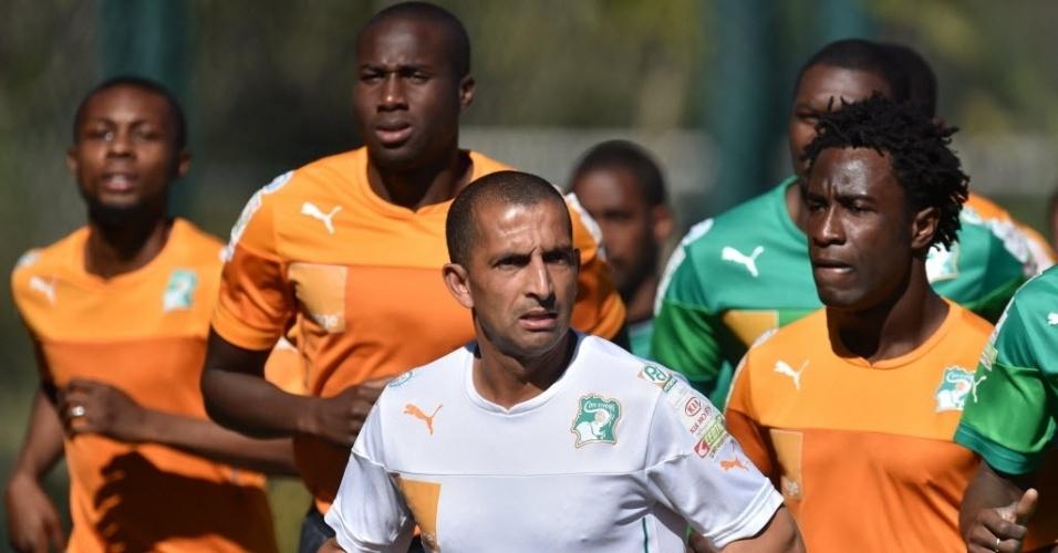 Jogadores da Costa do Marfim participam de treinamento nesta quinta-feira