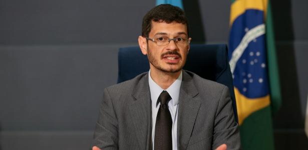 Delegado da PF e coordenador da Interpol no Brasil, Luiz Eduardo Navajas nega existência de operação