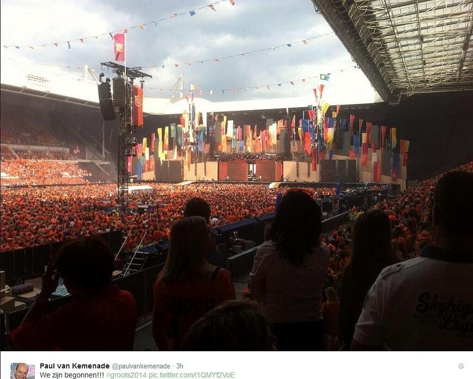 13.jun.2014 - Torcedores lotam estádio na Holanda para acompanhar jogo contra a Espanha pelo grupo B