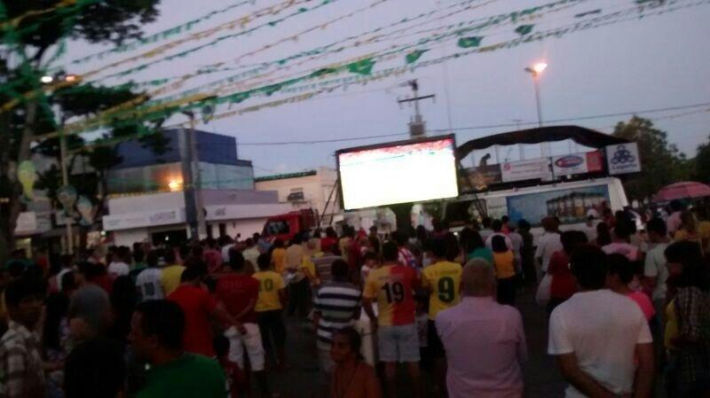 13.jun.2014 - Cidade de Lagarto (SE) para para assistir ao jogo da Espanha, seleção de Diego Costa