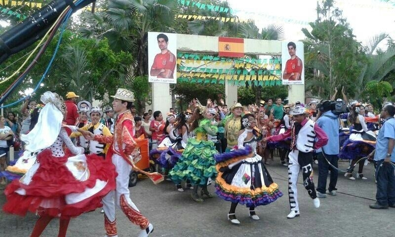 13.jun.2014 - Festa na cidade de Lagarto (SE), onde nasceu o atacante brasileiro naturalizado espanhol Diego Costa