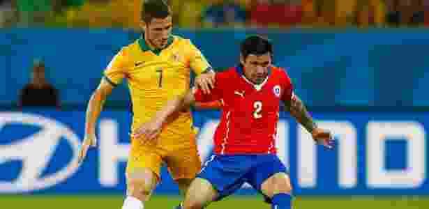 Mena em ação pelo Chile em partida contra a Austrália - Matthew Lewis/Getty Images