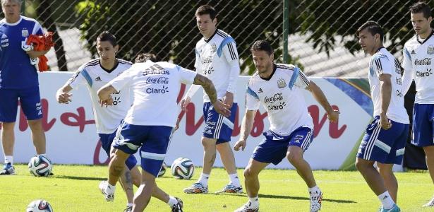 Sem Agüero, com lesão muscular, Argentina perde o trio ofensivo que era trunfo coletivo para a Copa