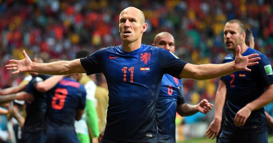 13.jun.2014 - Robben comemora após marcar o segundo gol da Holanda e colocar a seleção na frente contra a Espanha
