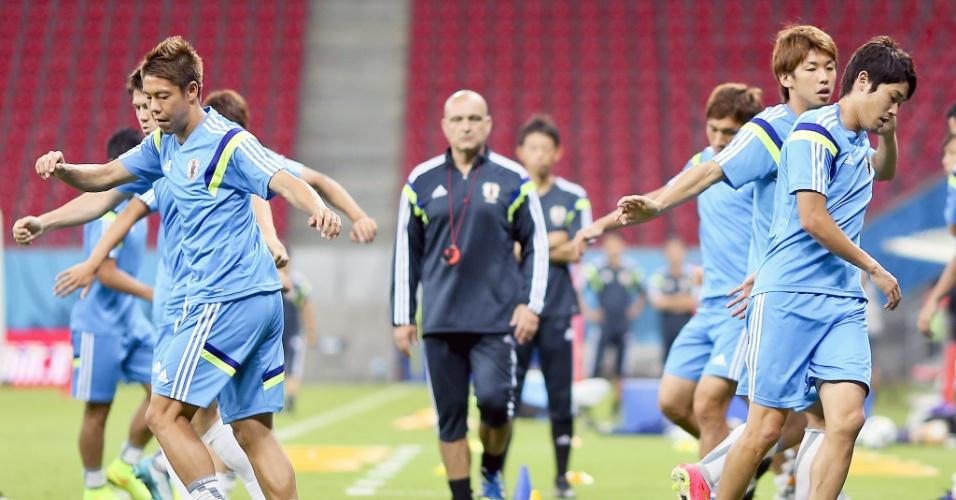 Seleção japonesa faz treinamento na Arena Pernambuco. A estreia será neste sábado, contra a Costa do Marfim, às 22h
