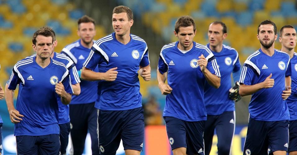 A Bósnia treinou neste sábado, fazendo o reconhecimento do gramado no Maracanã