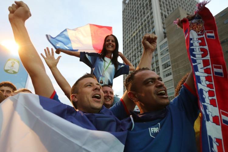 Argentinos e franceses invadem Fan Fest no Rio e em São Paulo