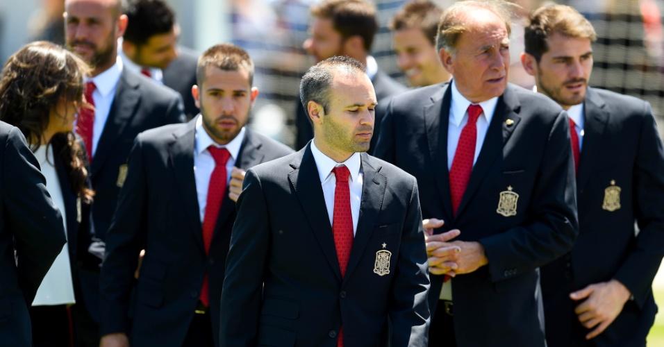 Com Iniesta no meio, seleção da Espanha se prepara para embarcar para os EUA
