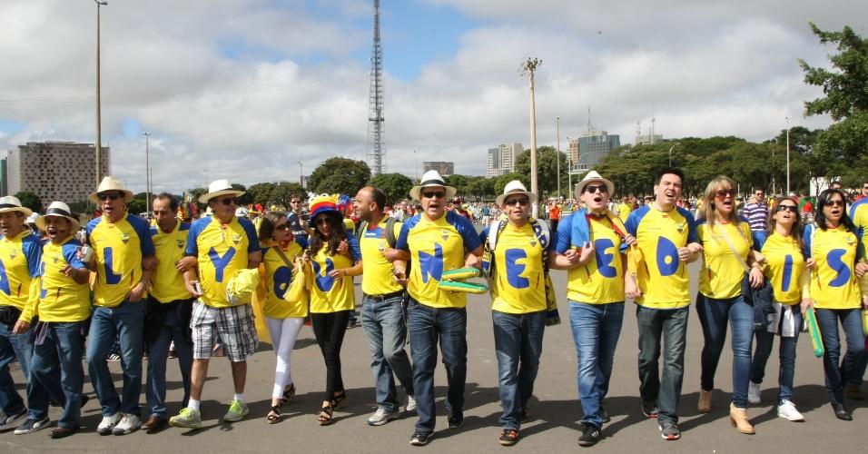 Equatorianos são maioria entre os torcedores que chegam ao estádio Mané Garrincha