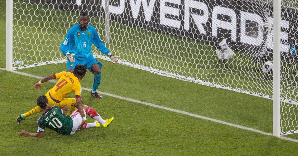 Segundo gol anulado de Giovanni dos Santos contra Camarões