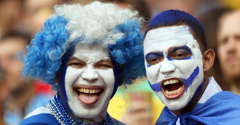 Torcedores de Honduras pintaram o rosto com as cores da seleção