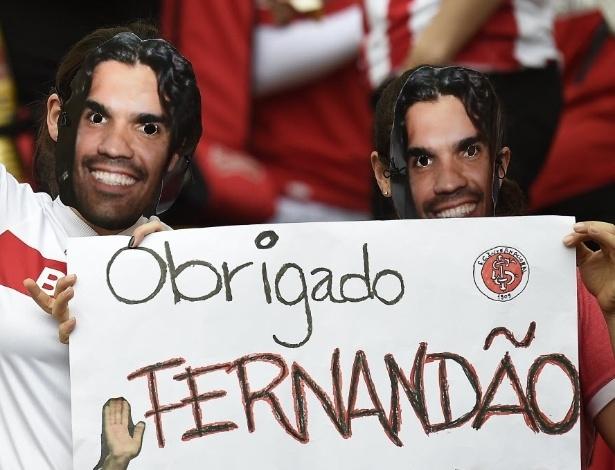 Torcedores do Inter homenageiam Fernandão no Beira-Rio antes da partida entre França e Honduras pela Copa do Mundo