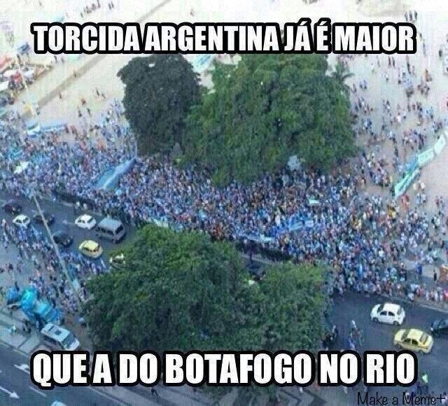 Torcedores tiram sarro da torcida do Botafogo