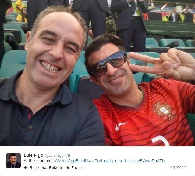 16.06.2014 - Luis Figo (vermelho) curte o jogo entre Portugal x Alemanha na Arena Fonte Nova