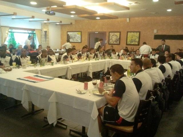Após vencer o Uruguai, seleção da Costa Rica tem agenda movimentada nesta segunda-feira, em Santos-SP