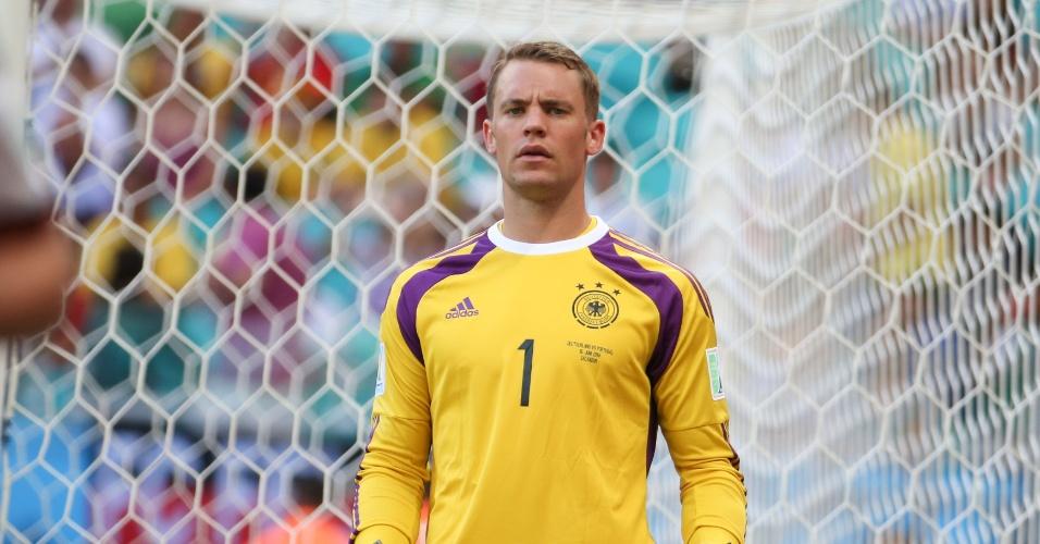 Neuer, goleiro da Alemanha, durante partida da primeira rodada, contra Alemanha
