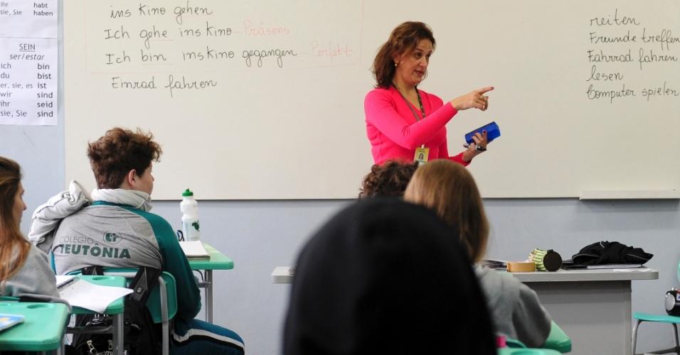 Escolas da cidade, como o Colégio Teutônia, oferecem aulas de alemão para crianças e adolescentes