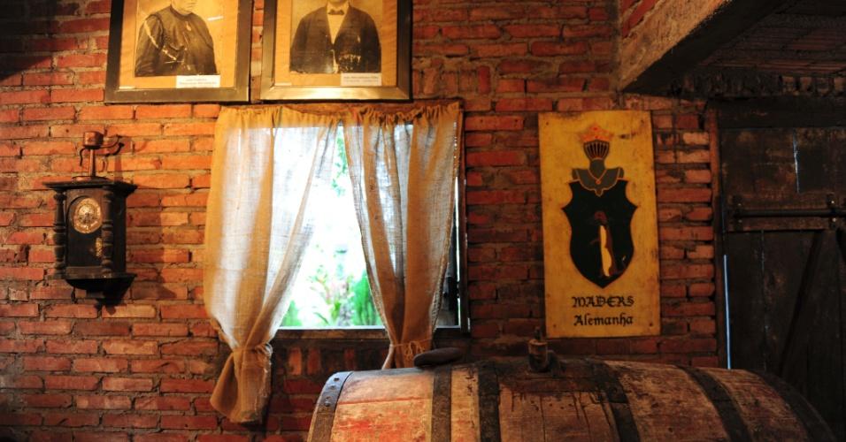 A produção de cachaça com métodos alemães também é uma das atrações da cidade no interior gaúcho